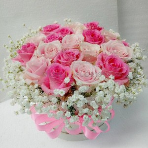 Flower box bunga mawar pink dan baby breath